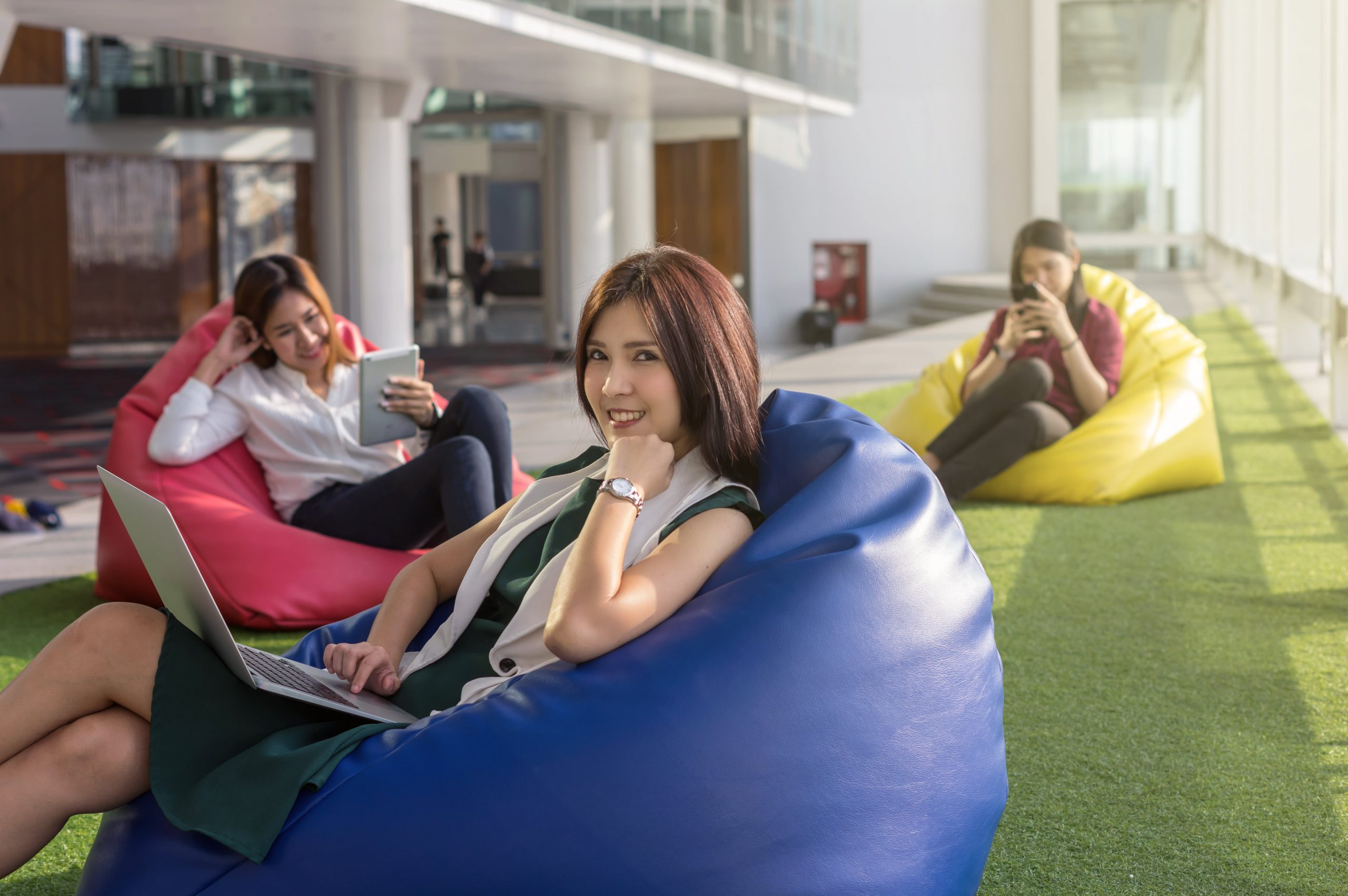 three-women-using-social-network-each-technology